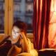 TP-Link Bombilla LED Wi-Fi Inteligente con Luz LED Multicolor Regulable 15000 Hrs